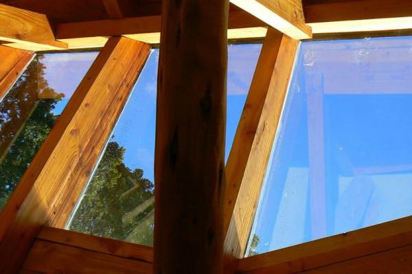 Detalles de la lucarna de vidrio de la casa (noviembre 2014)